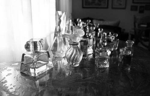 perfumes-1171391_640