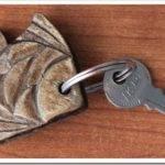 Как сделать брелок для ключей своими руками?