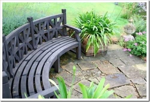 Украшение и защита скамейки