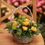 Как сделать корзину с цветами