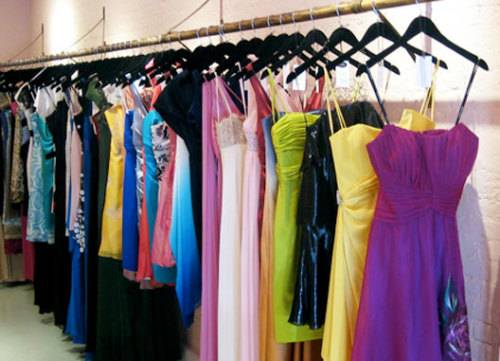 прокат платьев