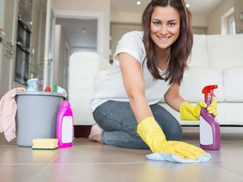 как сохранить руки при уборке