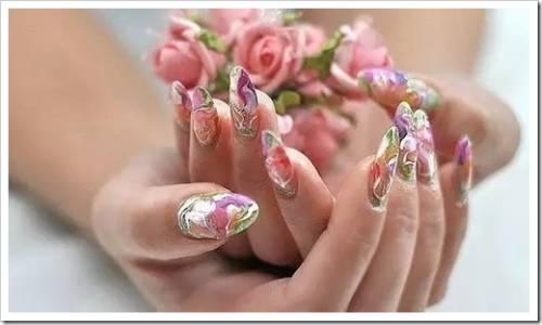 Выполнение формирования дизайна ногтя