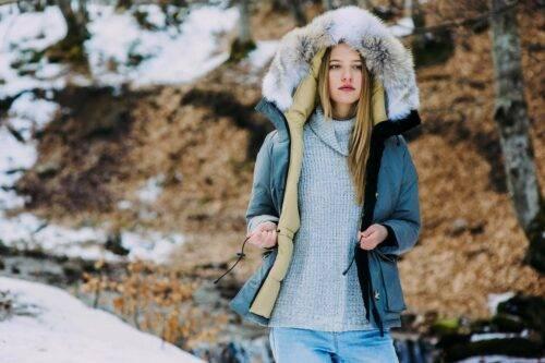 Как выбрать теплую зимнюю женскую куртку