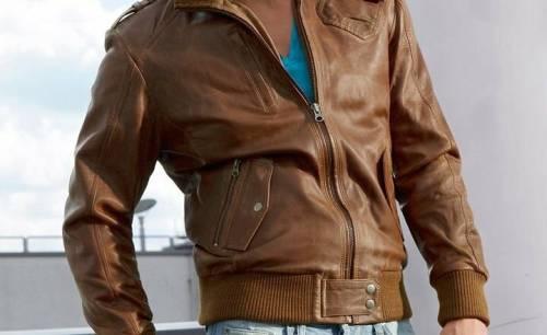 С чем носить мужскую коричневую кожаную куртку