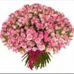 Как собрать букет из кустовых роз