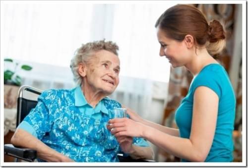 уход за пожилыми людьми