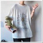 Женская футболка оверсайз — что это и с чем носить